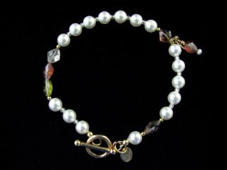 Handmade Pearl and Crystal Bead Bracelet
