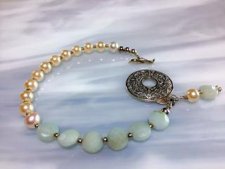 Pear and Aquamarine Beaded Bracelet