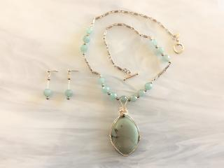 CHRYSOPRASE NECKLACE, PENDANT, AND EARRINGS