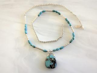 AUTHENTIC TURQUOISE NECKLACE AND PENDANT